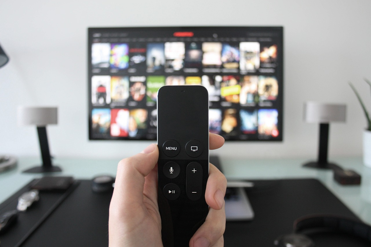 Ways technology is transforming home entertainment