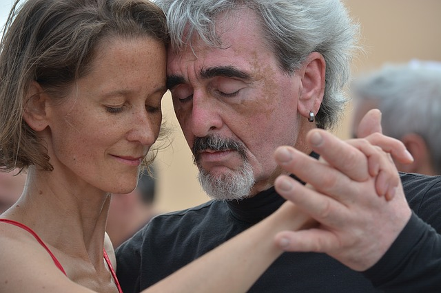 How Sutherland dance lessons can increase happiness