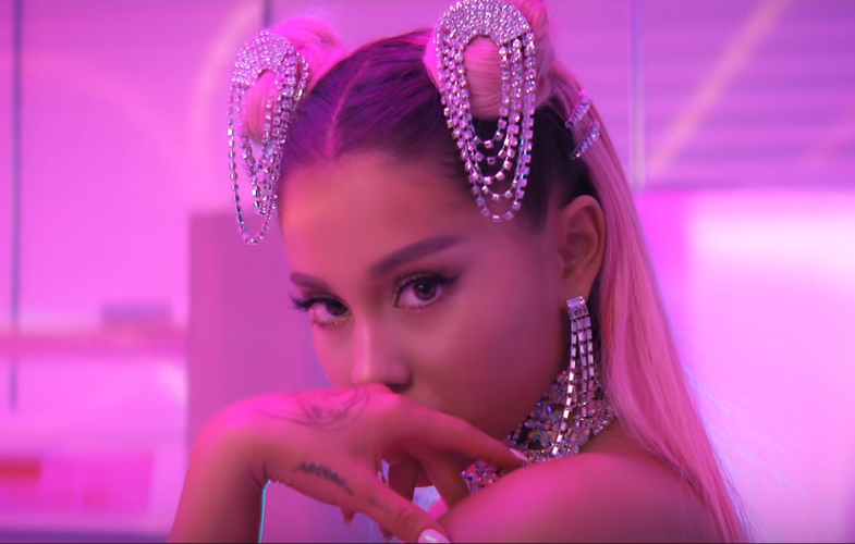 "Ariana Grande gets sued over 2019 hit ""7 Rings"""