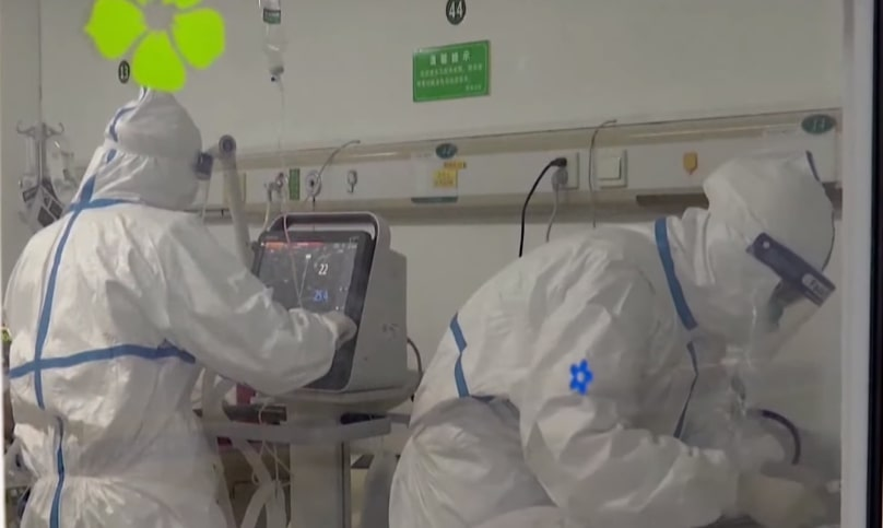Coronavirus: Hong Kong to shut out travellers from mainland China