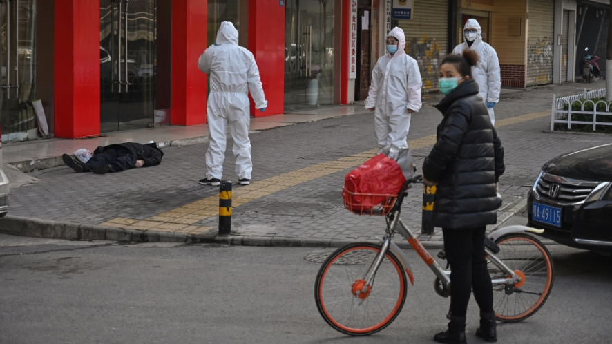 Coronavirus: Man dies in street, death toll rises to 258 and more updates