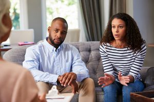 signs you should try online marriage counselling